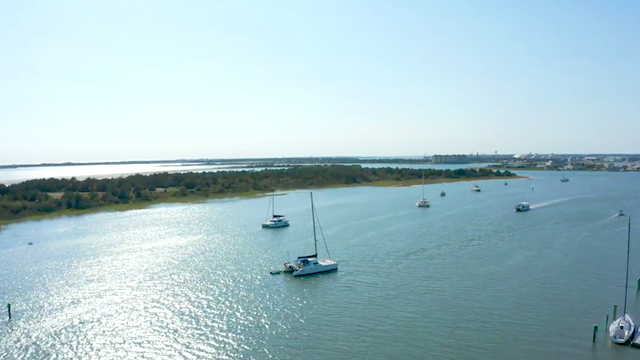 Carteret-County-7 reasons to live at the Crystal Coast year round